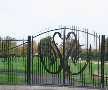 Doric Park gates